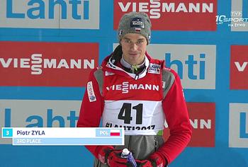 Piotr Żyła z naszego klubu WSS Wisła wraca z Lahti z 2 medalami — brązem indywidualnym i złotem w drużynie
