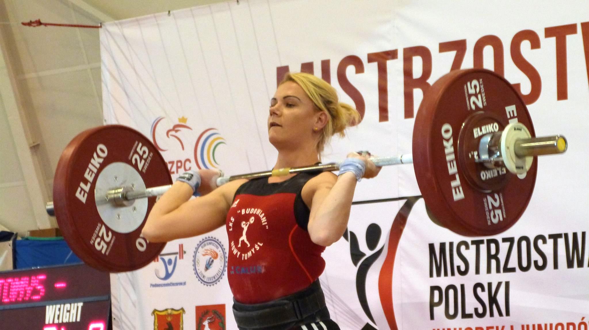 36 medali zdobyli zawodnicy znaszych klubów na Mistrzostwach Polski U-20 wpodnoszeniu ciężarów kobiet imężczyzn