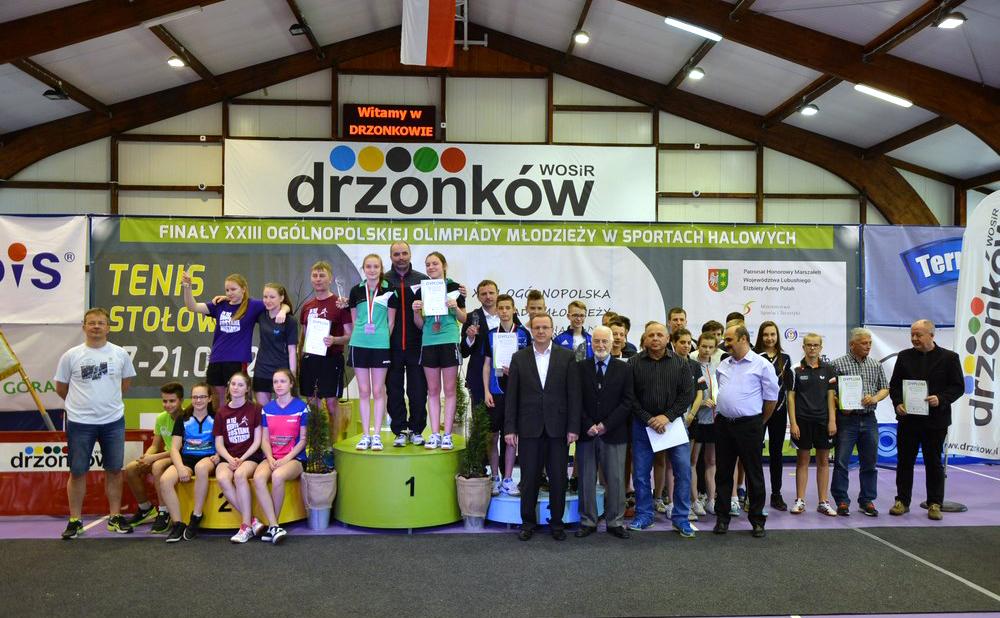 7 medali zdobyli zawodnicy zklubów Zrzeszenia na Mistrzostwach Polski wtenisie stołowym kadetek ikadetów (OOM)