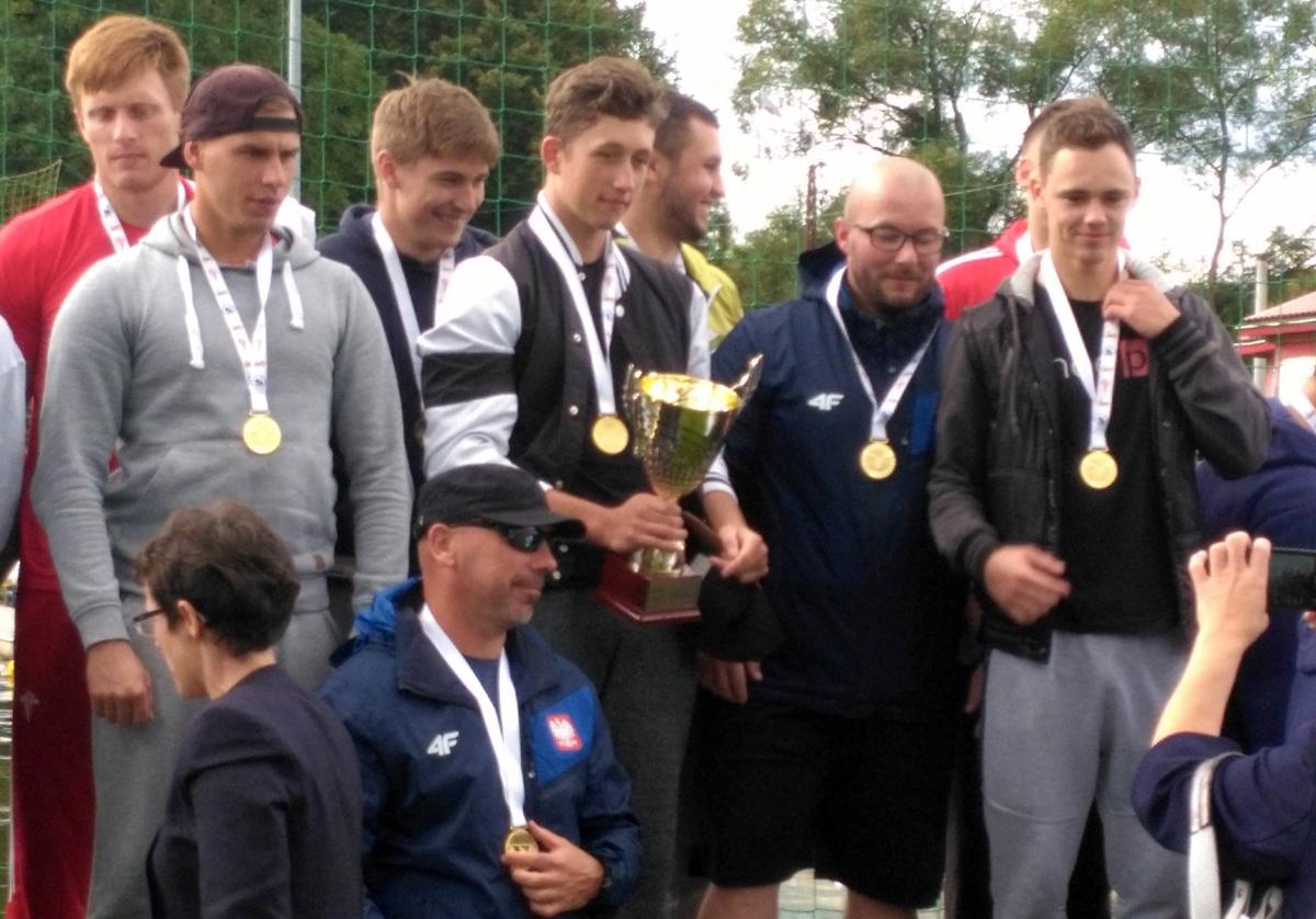 MOSW Choszczno mistrzem Polski seniorów wkajaku polo mężczyzn