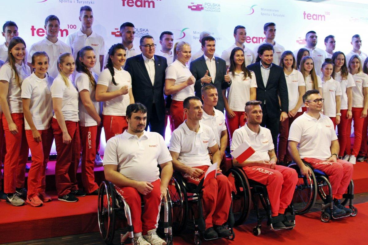 """Program MSiT """"Team100"""" powiększony — jest wnim teraz 37 sportowców zklubów Krajowego Zrzeszenia LZS"""