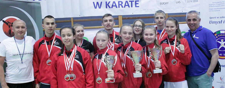 11 medali karateków LKS Zarzewie Prudnik wMistrzostwach Polski