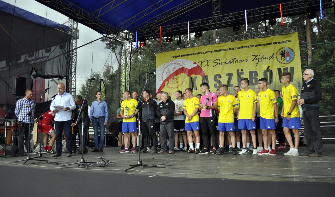 Stolem Gniewino wygrał Mistrzostwa Świata Kaszubów 6-piłkarskich Wikęd Cup