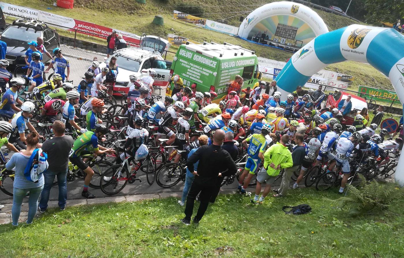 8 medali naszych kolarzy na Górskich Szosowych Mistrzostwach Polski