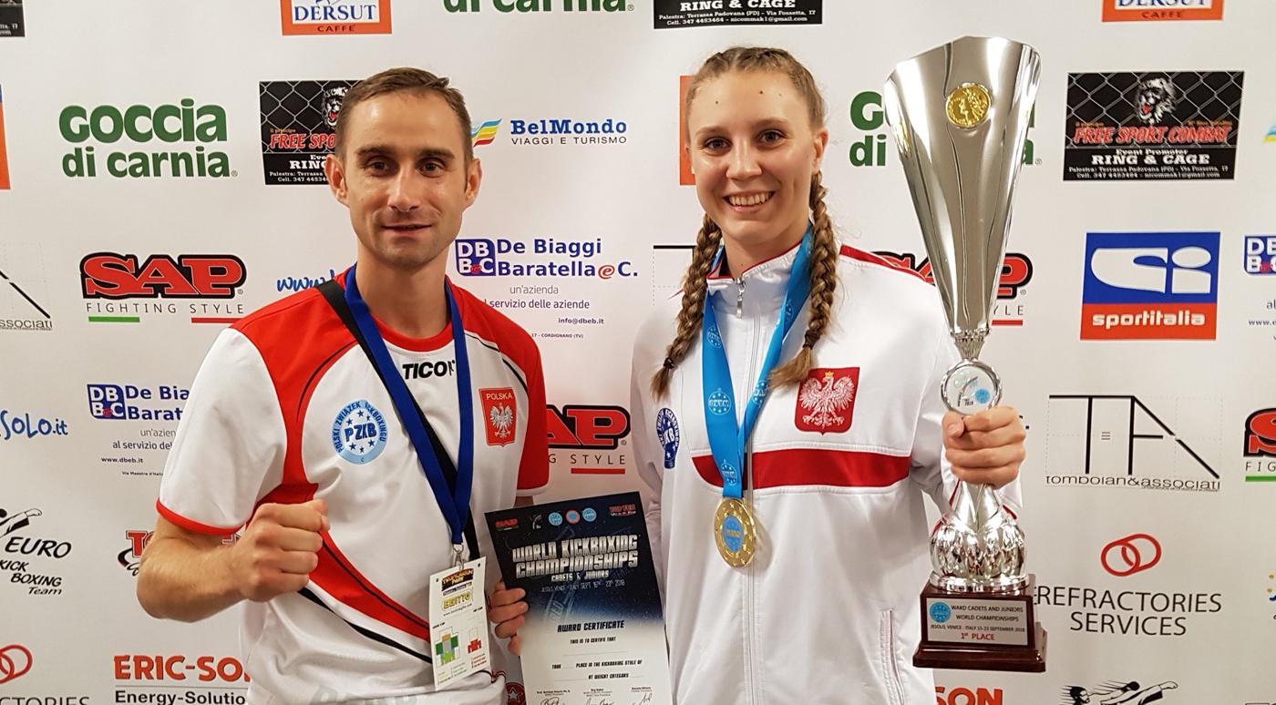 Paulina Stenka z GOSRIT Luzino mistrzynią świata wkickboxingu, srebro dla Nikoli Kaczmarek ibrąz dla Krystiana Rzepki