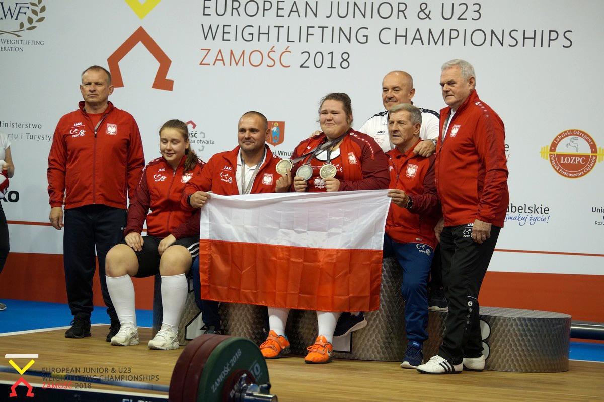 Magdalena Karolak — złoto, Bartłomiej Adamus iPrzemysław Korneluk — brąz na ME U20 iU23 wpodnoszeniu ciężarów