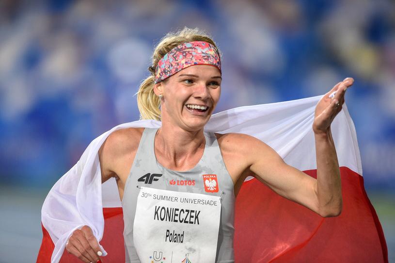 AlicjaKonieczek — złoto, KatarzynaKomorowska — złoto, KlaudiaKardasz — brąz naUniwersjadzie wNeapolu
